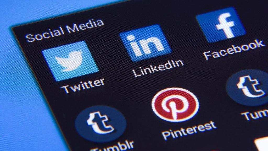Riittääkö sosiaalisen median tilit?